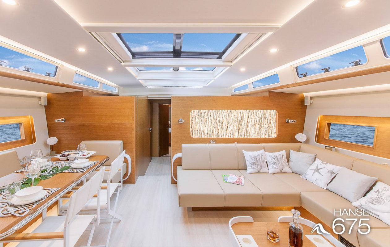 Außergewöhnliche Design-Beleuchtung in Serienfertigung bestehend aus dem Flaechenlicht Lightpanel alu slim der Marke Designpanel und der Designpanel Oberflaeche Invision raffia.