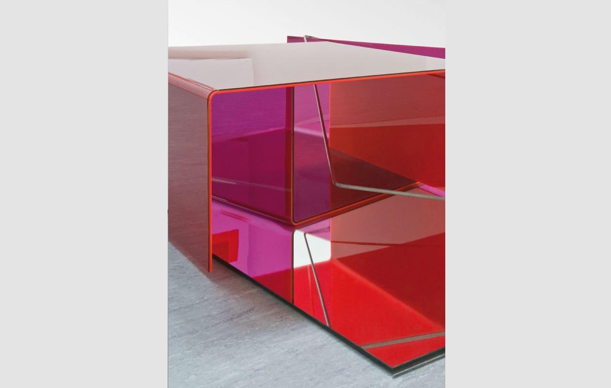 Skulptur mit Elementen aus transparentem fluoriszierendem Acrylglas, gefertigt von axis in Nürnberg