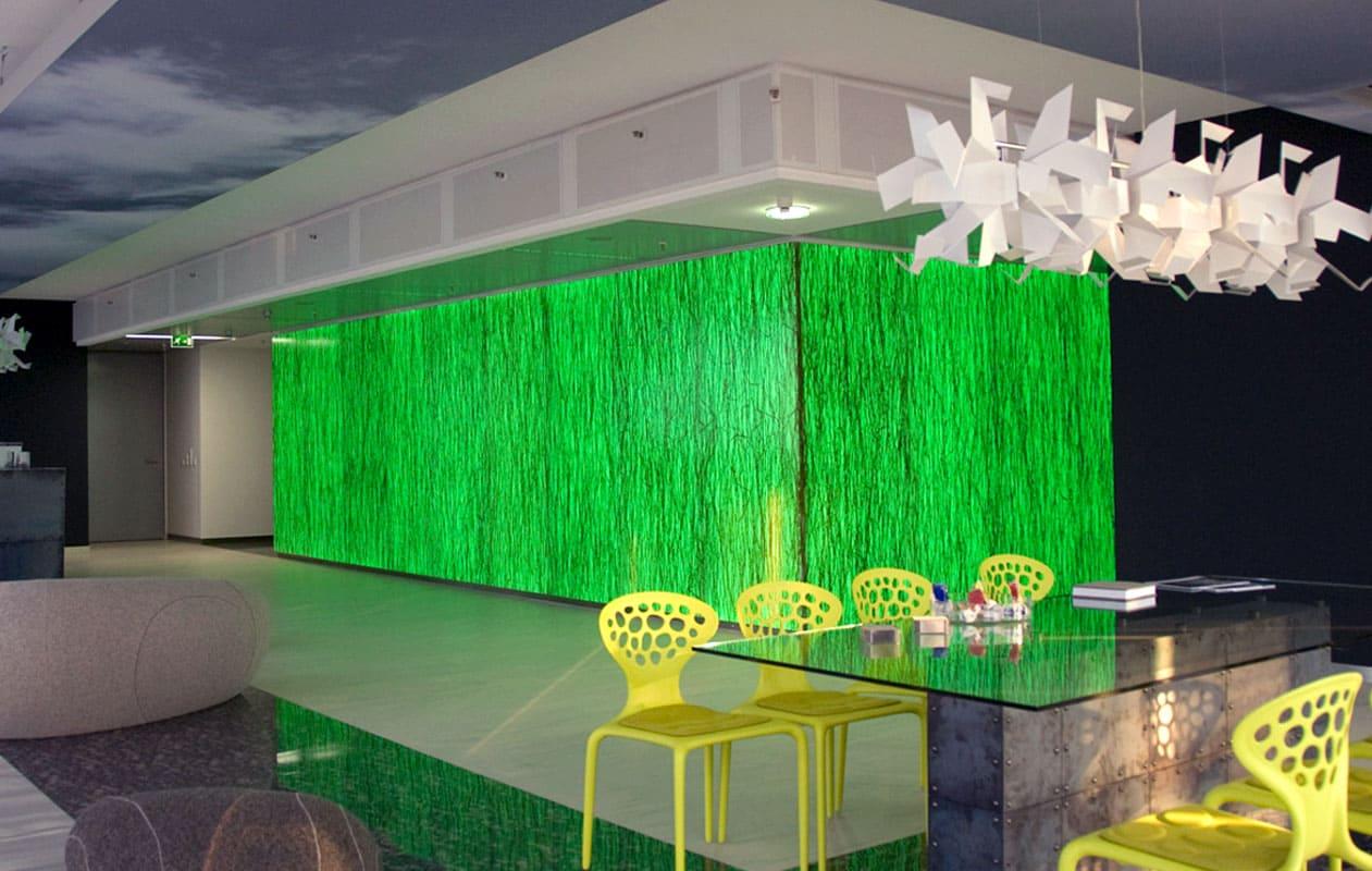 Dreidimensionales Lichtobjekt aus Lichtpanel RGB mit der Designpaneloberfläche Invision stem