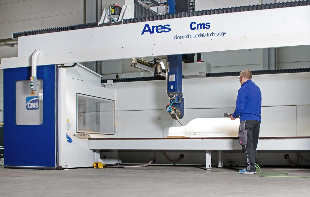 axis-expotechnik-fertigungskompetenz-bereich-cnc-fraesen-5-achs-bearbeitungszentrum