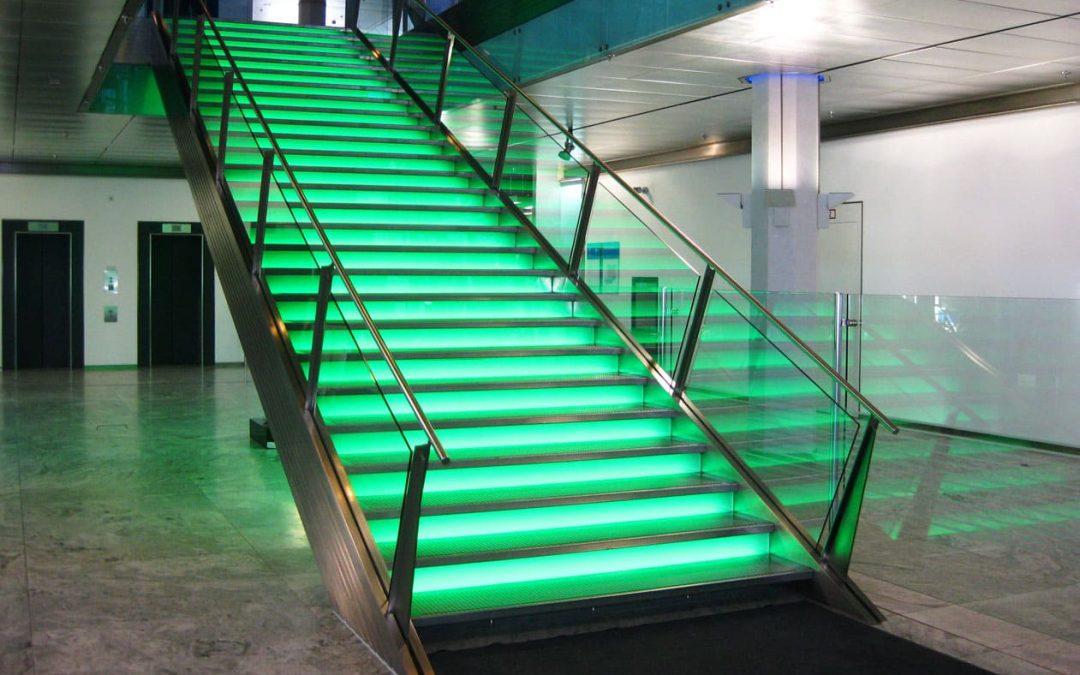 Treppe im neuen Licht