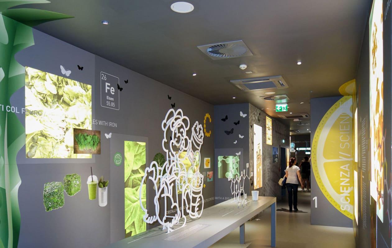 Lightpanel frameless in acht unterschiedlichen Formaten als selbstleuchtende Tafeln mit Druckmotiven